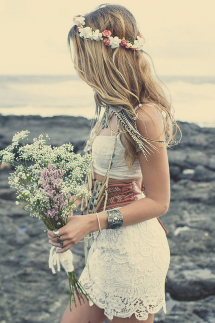 an edgy beach wedding shoot perfect for a boho bride