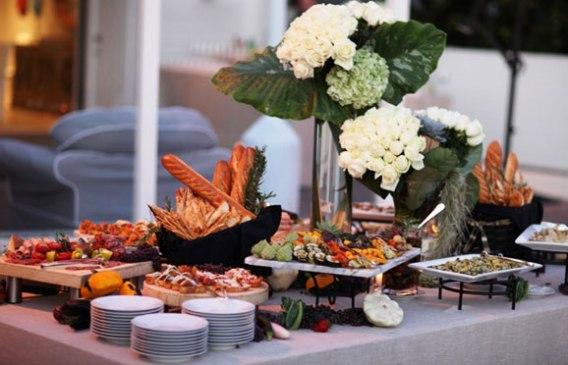 Summer Wedding Buffet Menu Ideas: 6 WEDDING MENU INSPIRATION IDEAS FROM WOLFGANG PUCK