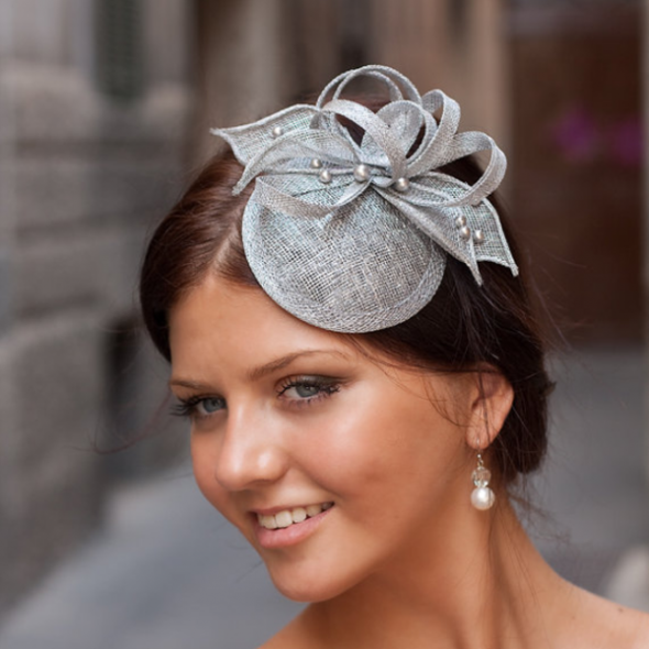 Must-See Modern Headpieces For Your Bridesmaids – Part II